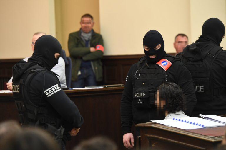 A párizsi terrorista felmentését kérte az ügyvédje