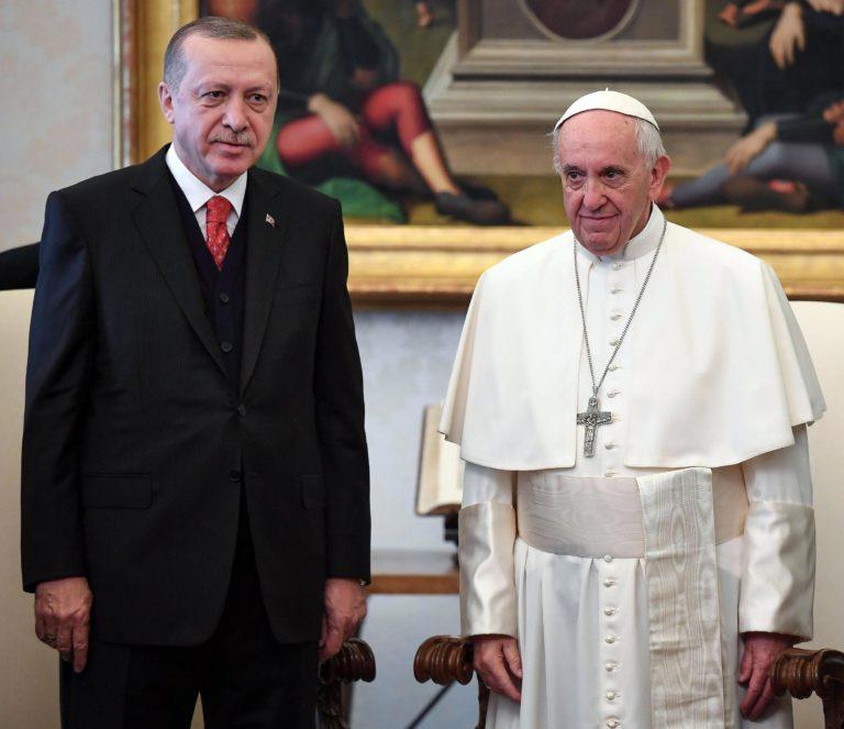 Ferenc pápa Erdogan török elnökkel tárgyalt