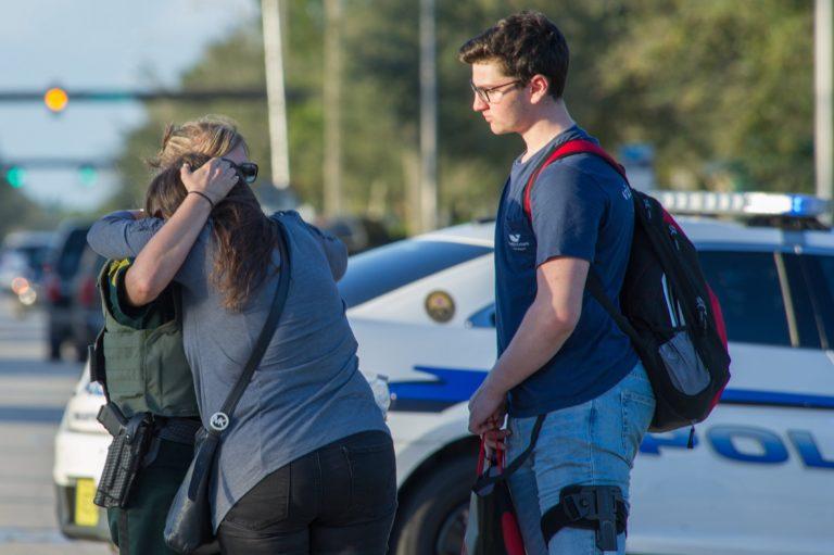 Az FBI-t is figyelmeztették az iskolai lövöldözőről