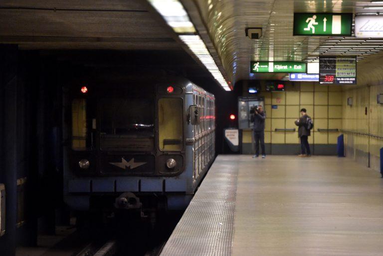 Ma indul a metró-népszavazás aláírásgyűjtése