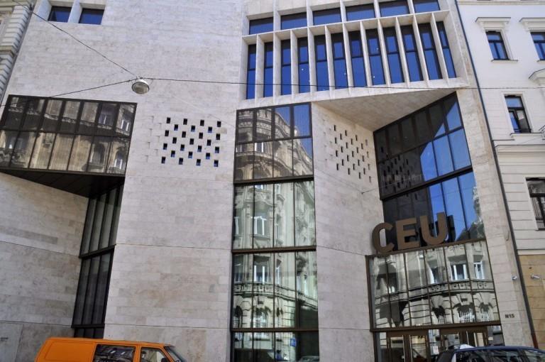 Bécsben is kampuszt nyitna a CEU