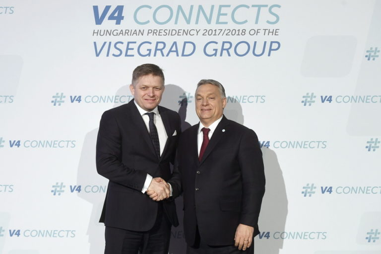 A teljes magyar kormánypropaganda kiáll Fico mellett