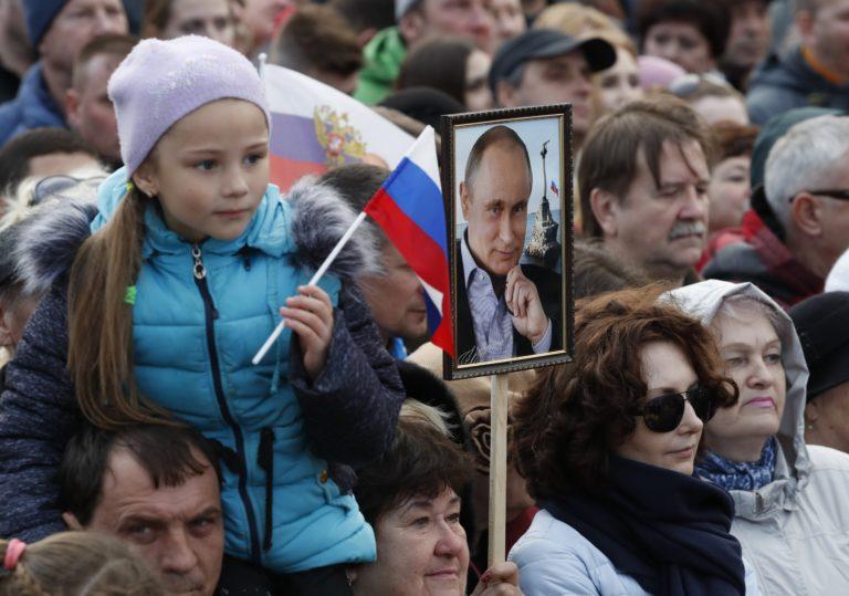 Egyetlen dologtól tarthat Putyin az orosz elnökválasztáson
