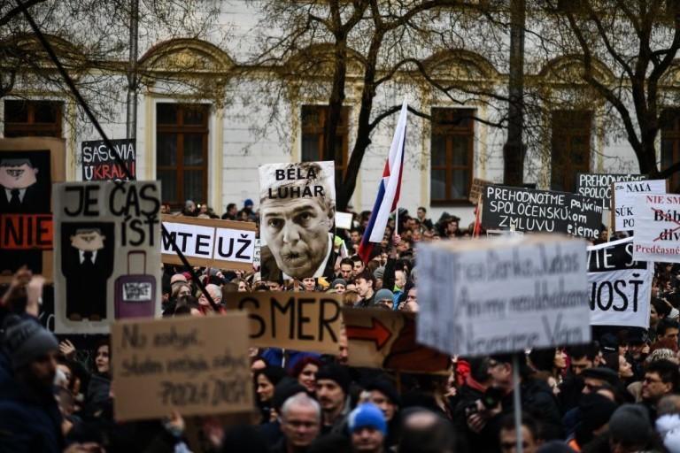 Nem elégedtek meg Fico lemondásával a szlovák tüntetők