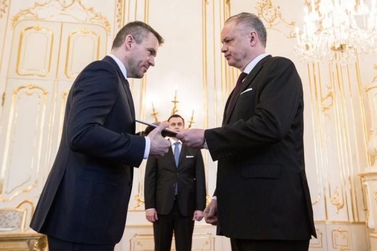 A Kiránduló és a Zarándok – A köztársasági elnök harca az új szlovák kormánnyal