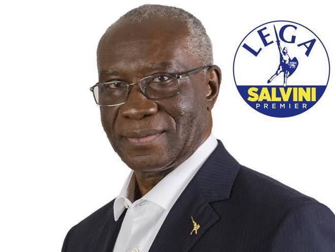 Nigériai származású szenátor a migránskérdés szakértője