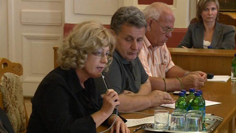 Mit titkosított a kormány Kalocsán?