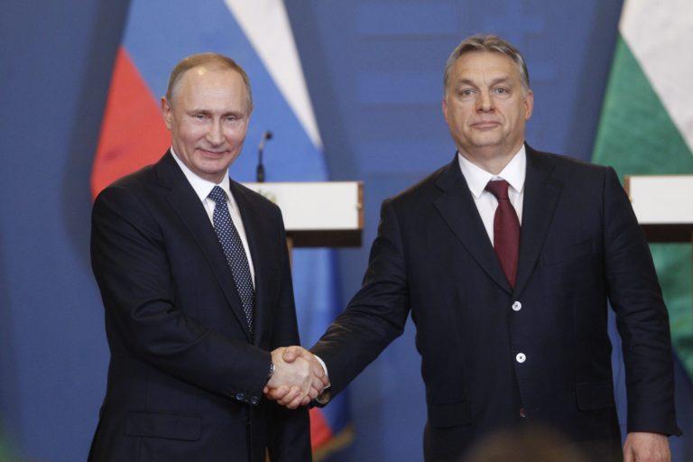 Mennyire hasonlít egymásra Orbán és Putyin rendszere?