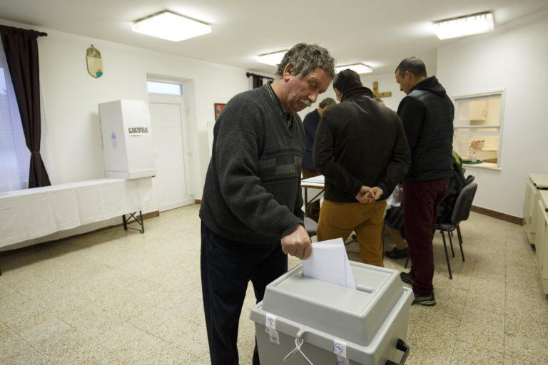 Így szavaztak reggel 9-ig Magyarországon