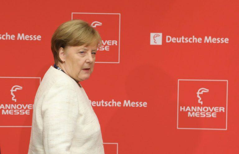 Merkel: nekem fáj az oroszok akciója