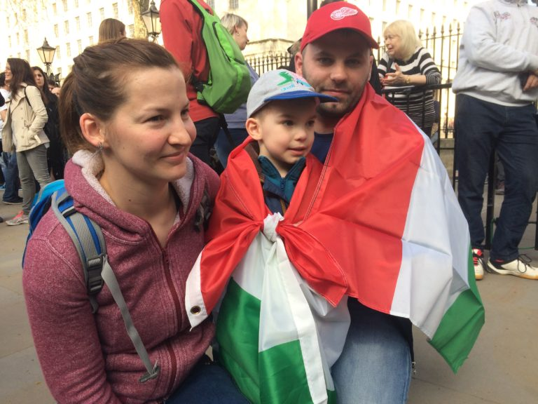 Tüntetés Londonban is