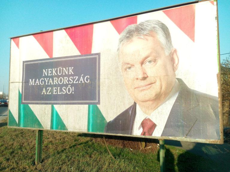 24 órás Orbán-plakát akció indult