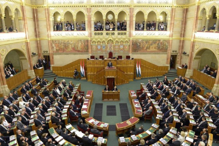 Benyújtotta a kormány az Alaptörvény hetedik módosítását