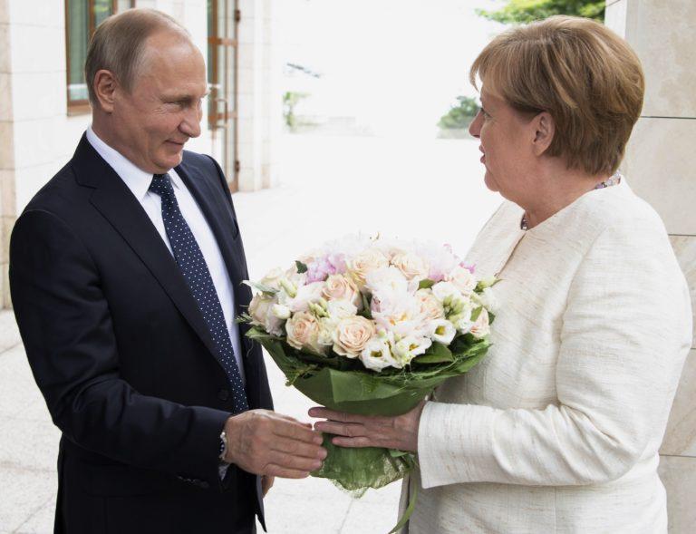 Orosz hírszerző hackerek törték fel Merkel levelezését