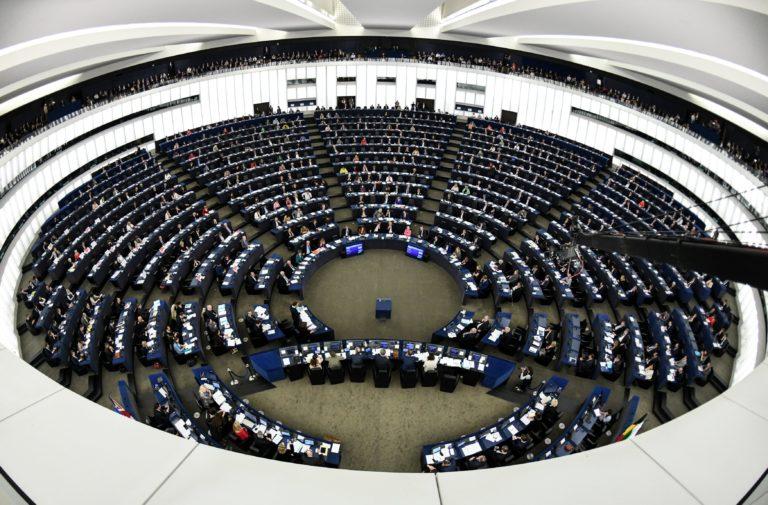 A DK megszavazza az Orbán-kormányt elítélő uniós jelentést