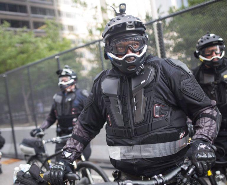 Szirénázó biciklivel bírságolt a nyíracsádi álrendőr