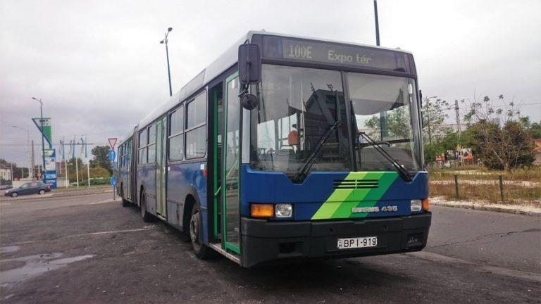 Vitézy is kiakadt a reptéri buszok zsúfoltságán