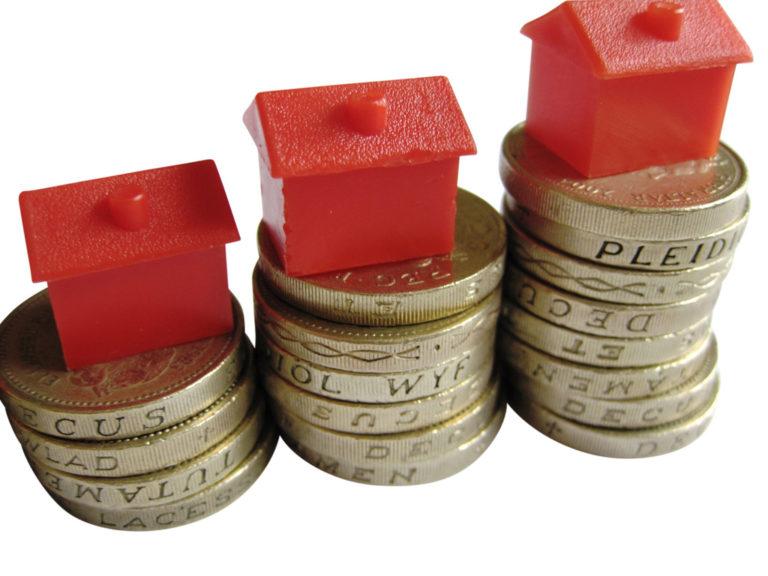 Forintgyengülés: kell-e aggódni a hitelek miatt?