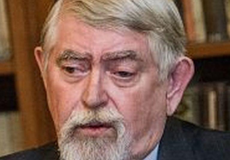 Kásler miniszter háborúra készül