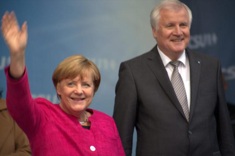 Merkel szakítson a CSU-val!