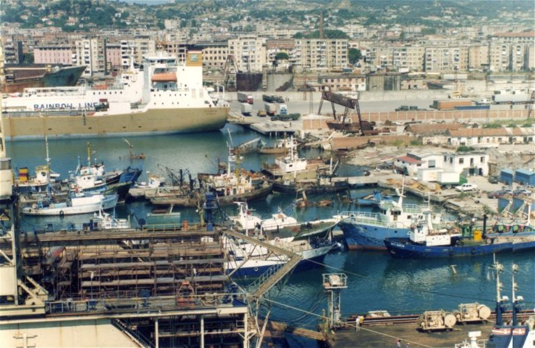 Albániával köthet migrációs megállapodást az EU