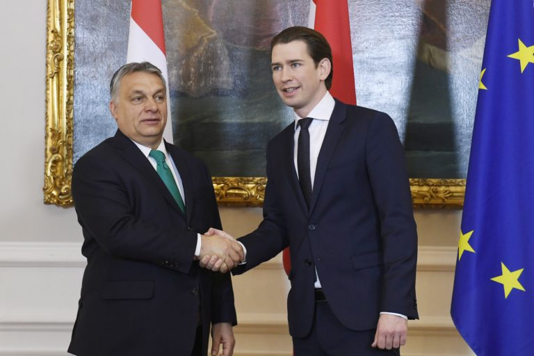 Aki Orbánt és Salvinit lenézi, az EU-t rombolja