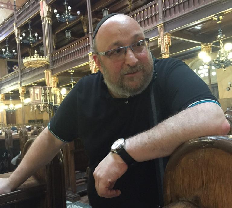 Még kétezer év kell ahhoz, hogy ne utáljanak bennünket – interjú Frölich Róberttel, a Dohány utcai Zsinagóga főrabbijával