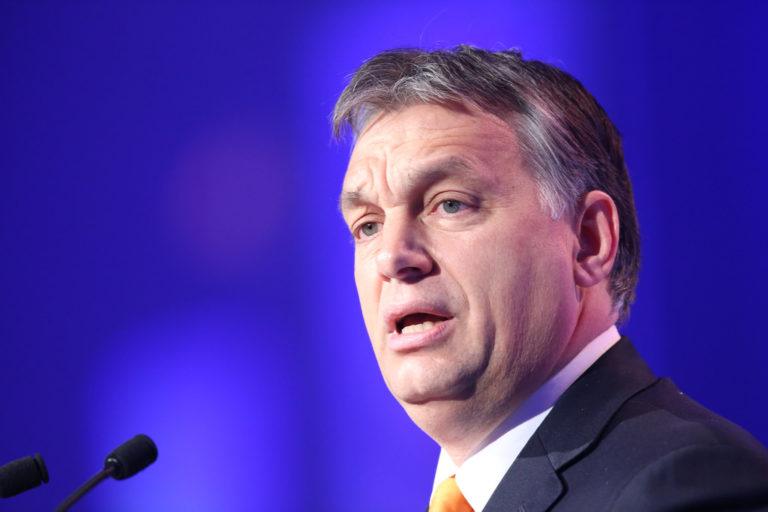 Orbán engedelmes országa