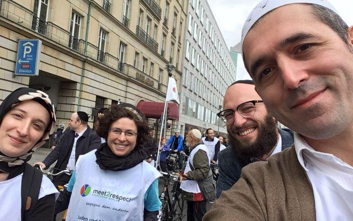 Zsidók és muszlimok vonultak fel együtt Berlinben