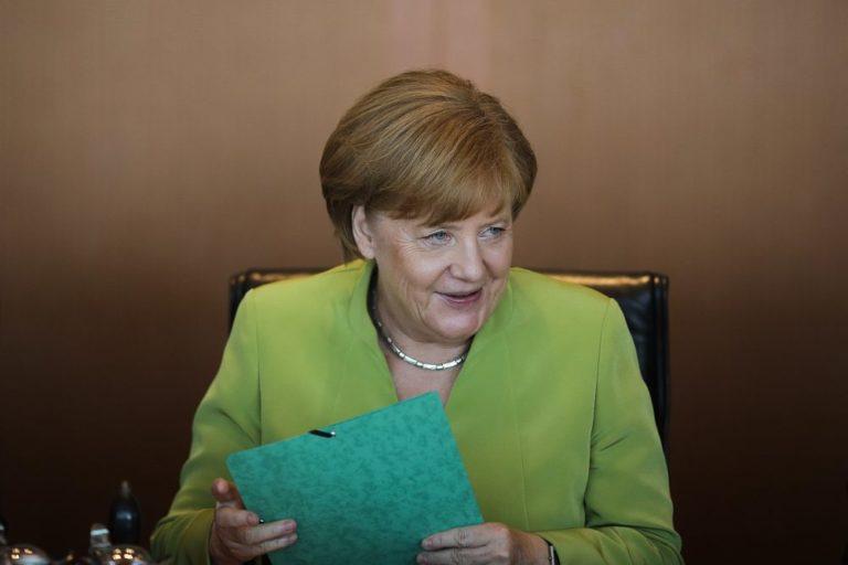Merkel: az eurozóna nem lesz adósságunió!