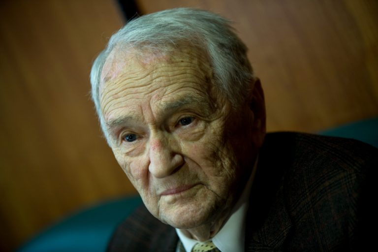 Meghalt Szepesi György