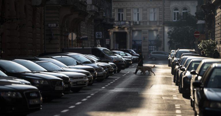 Zugló: már két kocsira is kérhetnek ingyenes parkolást