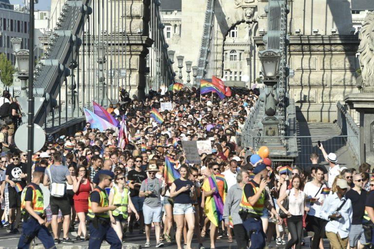 Több tucat nagykövetség állt ki a Budapest Pride mellett