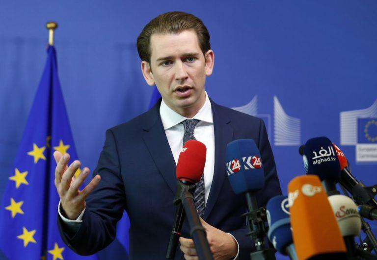 Ausztria új uniós menekültpolitikát akar