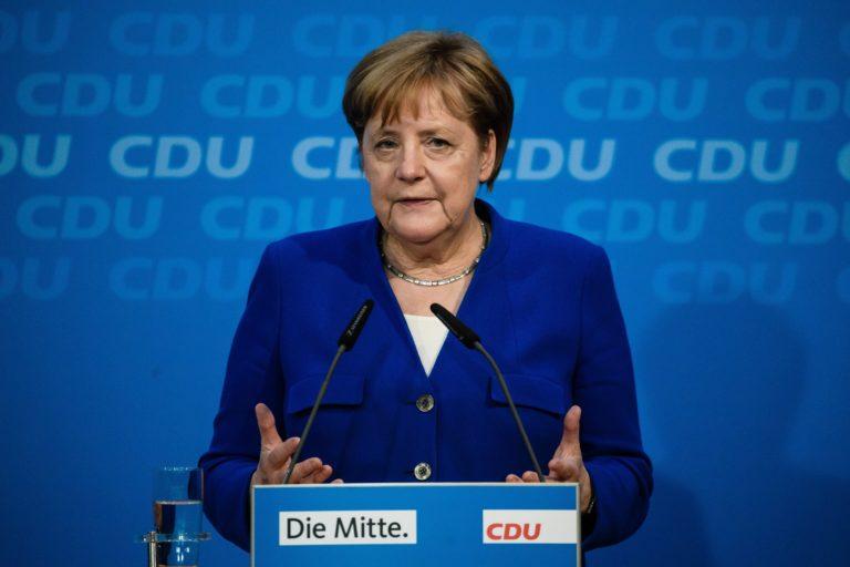 Merkel engedett, de mit szólnak a szocdemek?