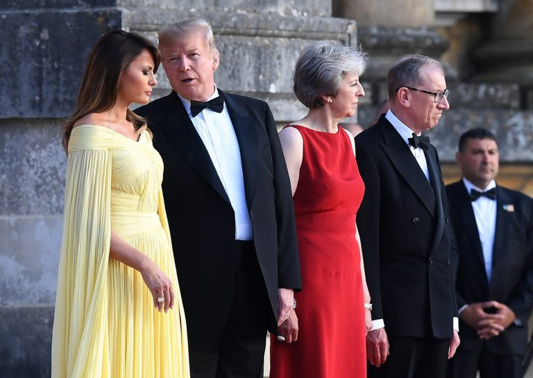 Nagy-Britanniának választania kell az USA és az EU között