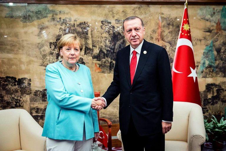 Erdogant meghívták Németországba
