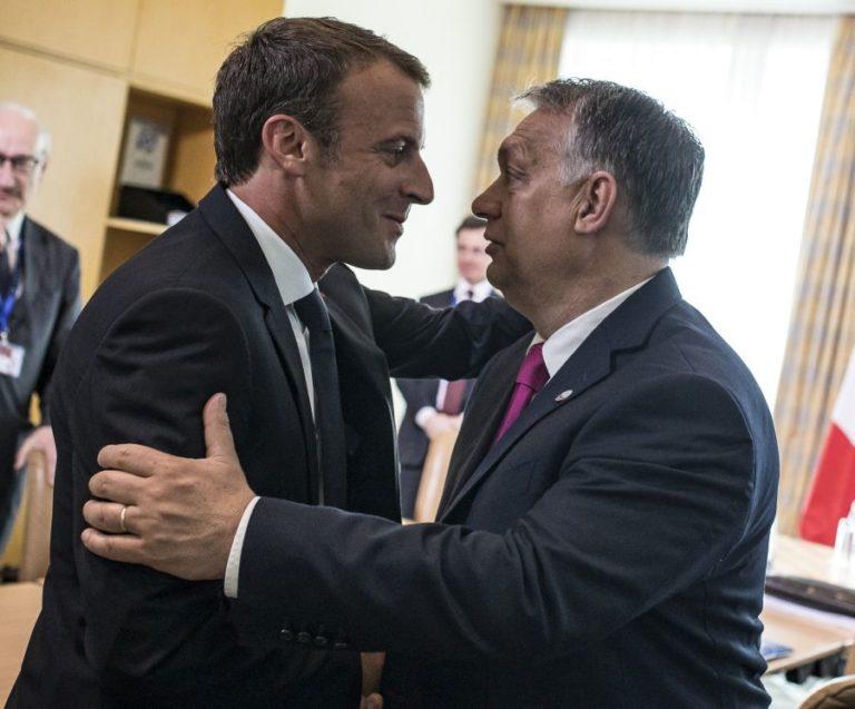 Orbán az anti-Macron szerepét játssza