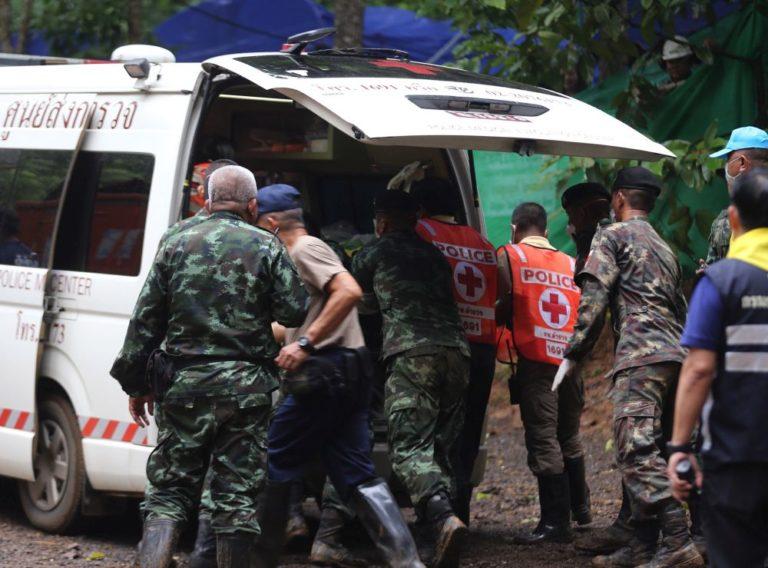 Denevérek miatt kerülnek karanténba a barlangból kimentett fiúk