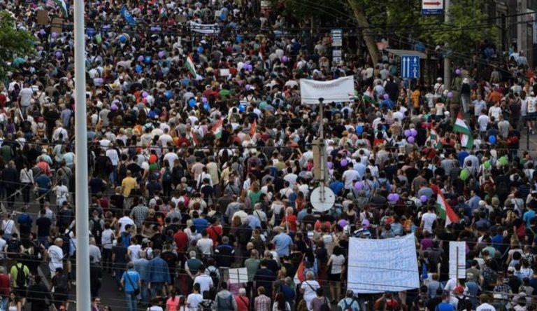 Nem Gyurcsány állt a választás utáni tüntetések mögött