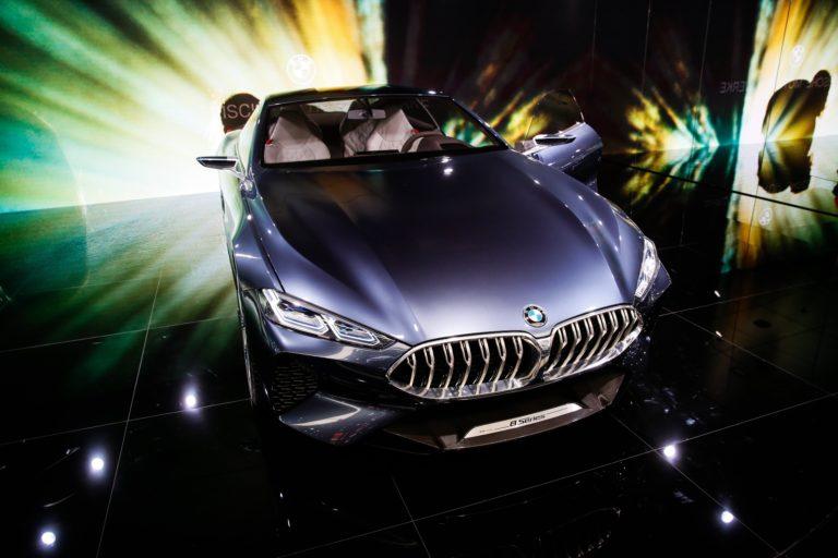 Tovább torzul a gazdaság szerkezete a BMW-vel