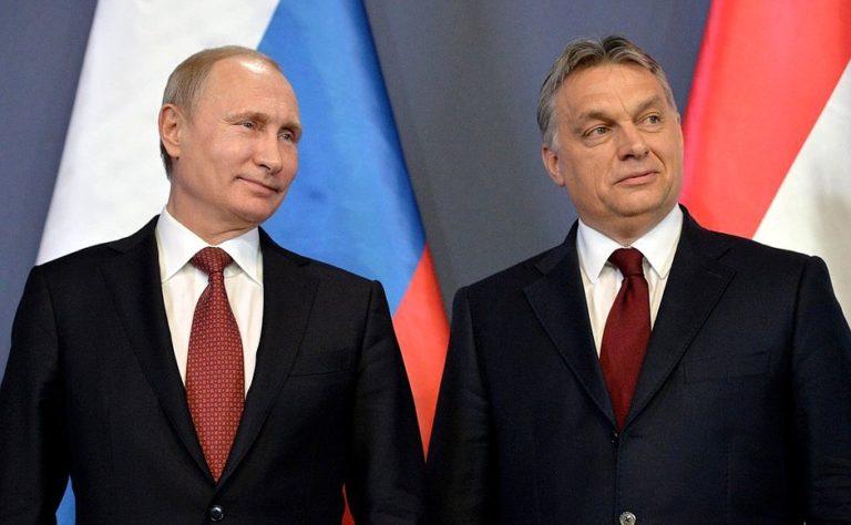 Orbán ma is meglátogatja Putyint