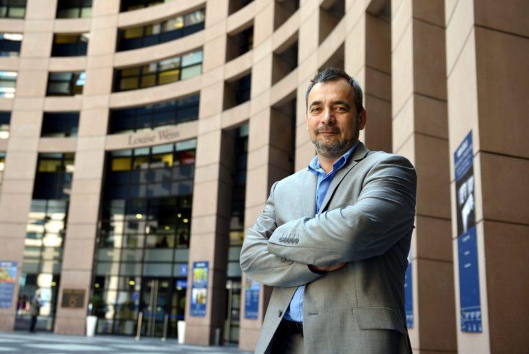 Az LMP és a Jobbik is tartózkodik a Sargentini-jelentés szavazásán