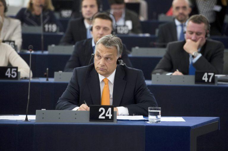 Orbán hét percet kap, válaszokra nem reagálhat