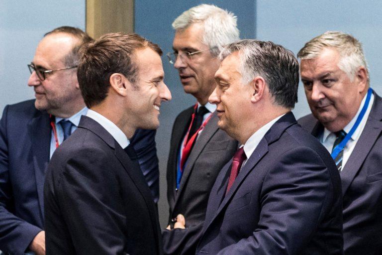 Orbán szívességet tett Macronnak