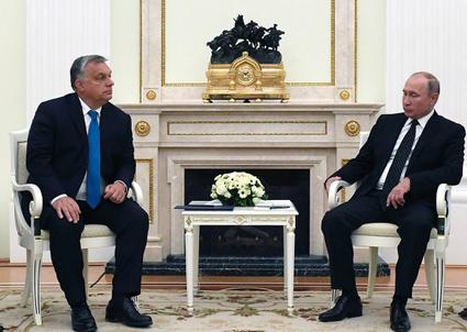 Orbán fél, azért találkozgat Putyinnal?
