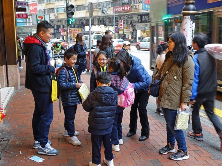 Enyhül a gyerekpolitika Kínában