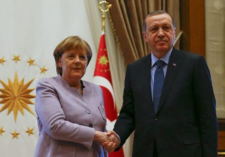 Törökország pénzt kér a migráns hullám megállításáért
