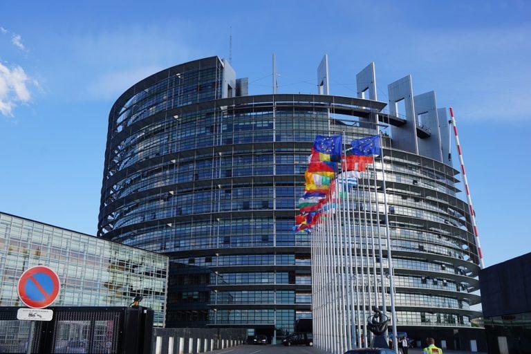 Magyarország térden csúszva fog visszatérni az EU-ba – 2018 (szubjektív) legjobbjai
