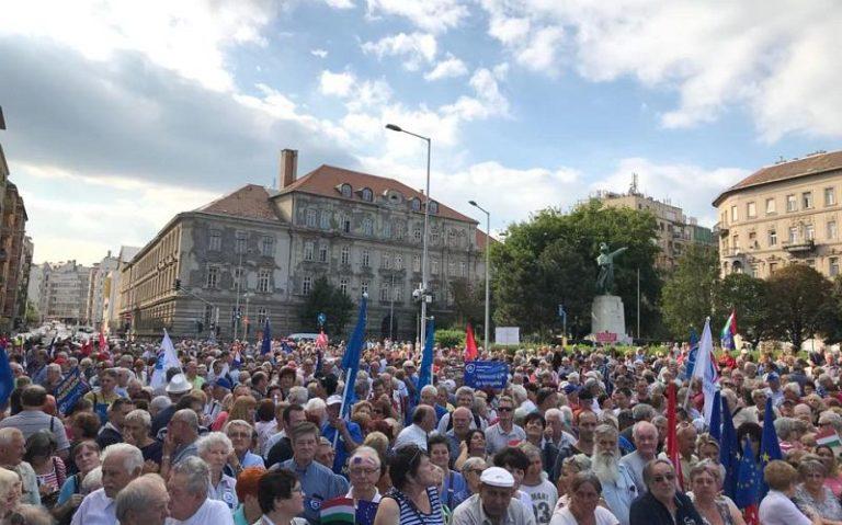 Az európai Magyarországért tüntettek